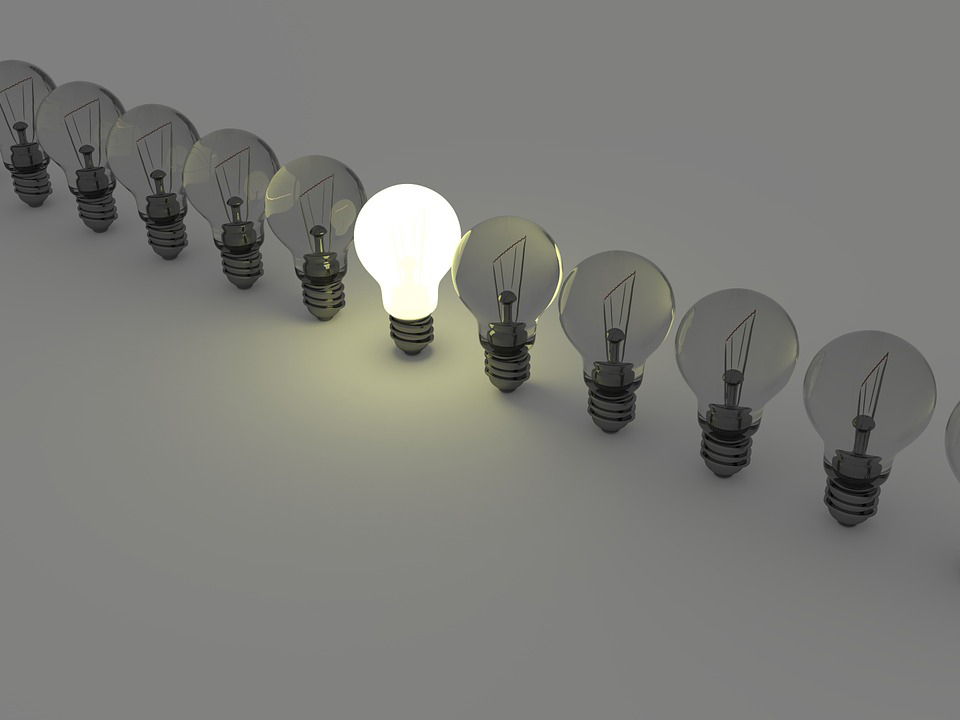 light-bulbs-1125016_12802